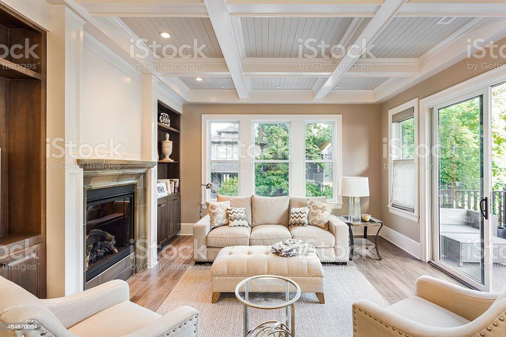 Ausrüstung Und Geräte, Bauwerk, Designer Einrichtung, Fenster, Hausdekor.  Luxuriöse Wohnzimmer In Neues ...