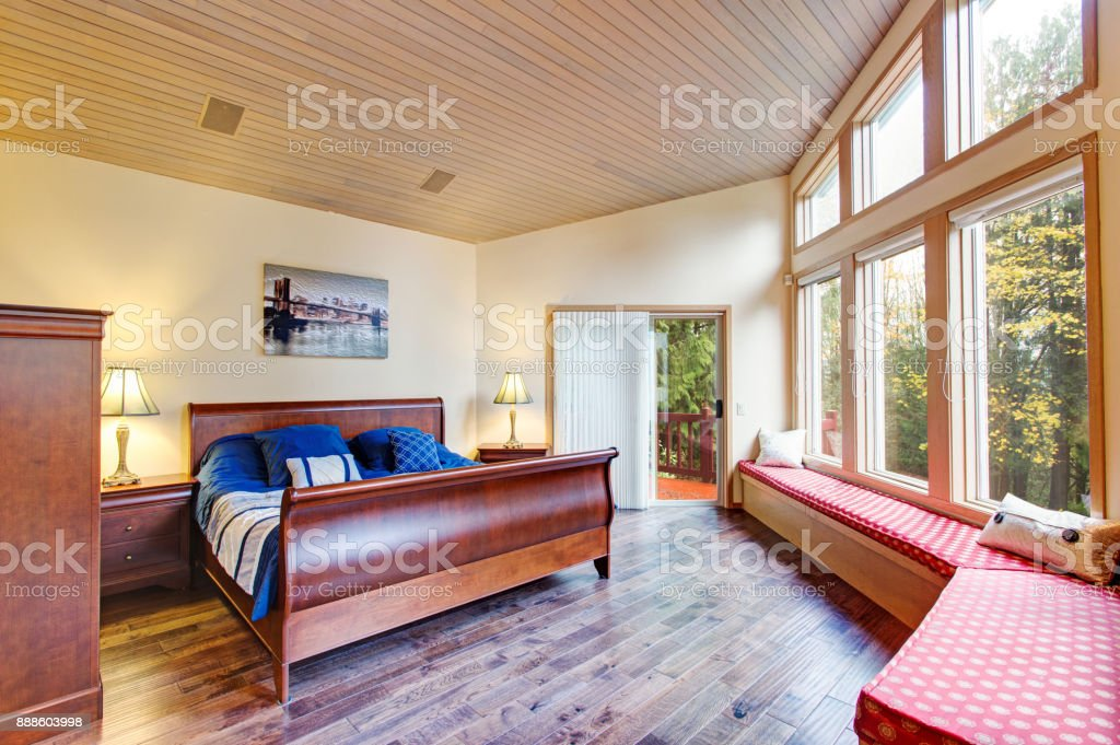 Luxurious Master Bedroom With Window Seat Stock Photo Download Image Now Istock