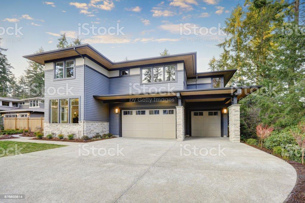 Construcción nuevo lujoso en Bellevue, WA - foto de stock