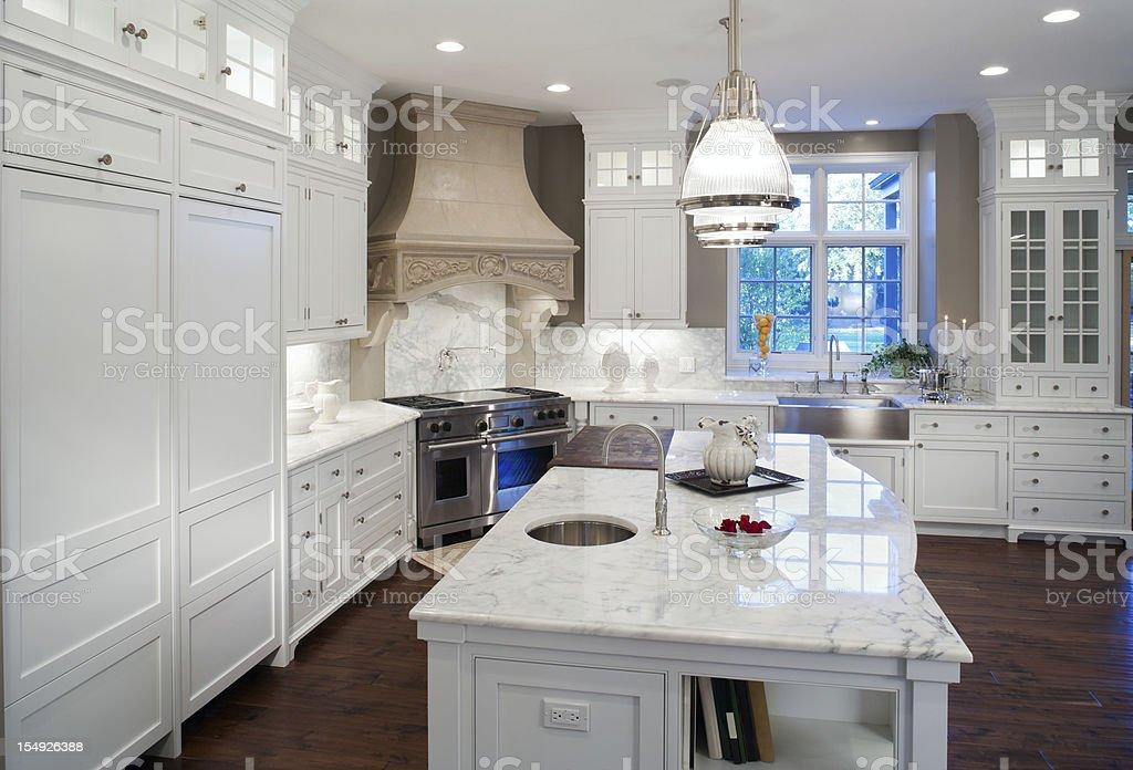 Luksusowe Biały Marmur Mieszkaniowa Kuchni Zdjęcia