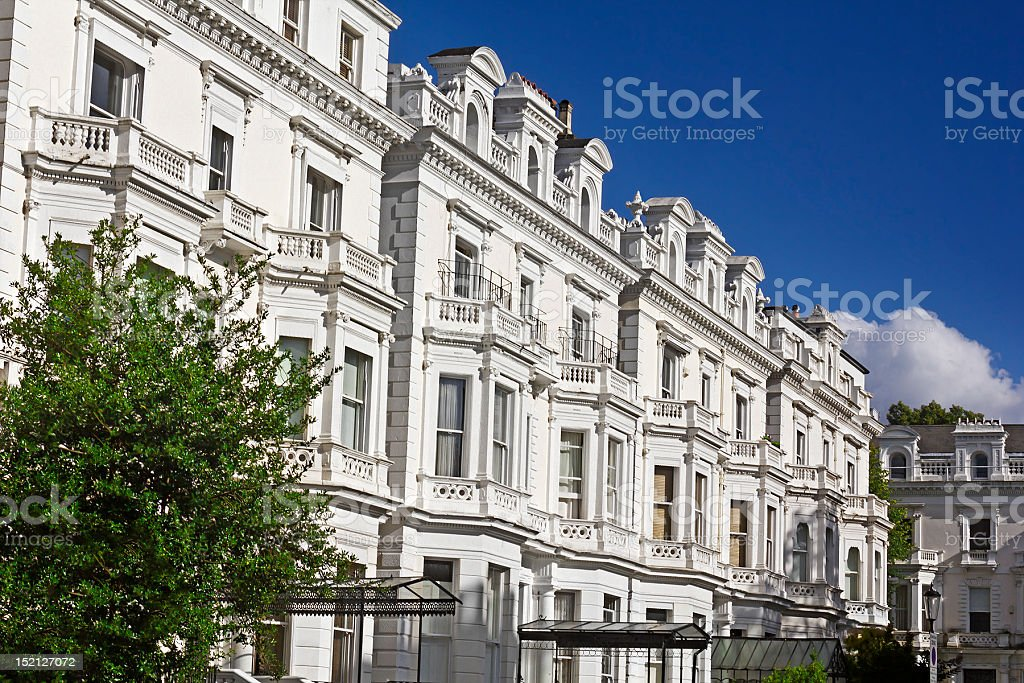 Luxury Apartment Buildings In Notting Hill stock photo 152127072 ...