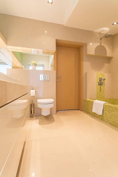luxus-bad in der großen residenz - badmöbel gäste wc stock-fotos und bilder