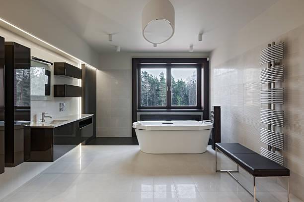 luxus badezimmer interieur - badezimmermöbel holz stock-fotos und bilder
