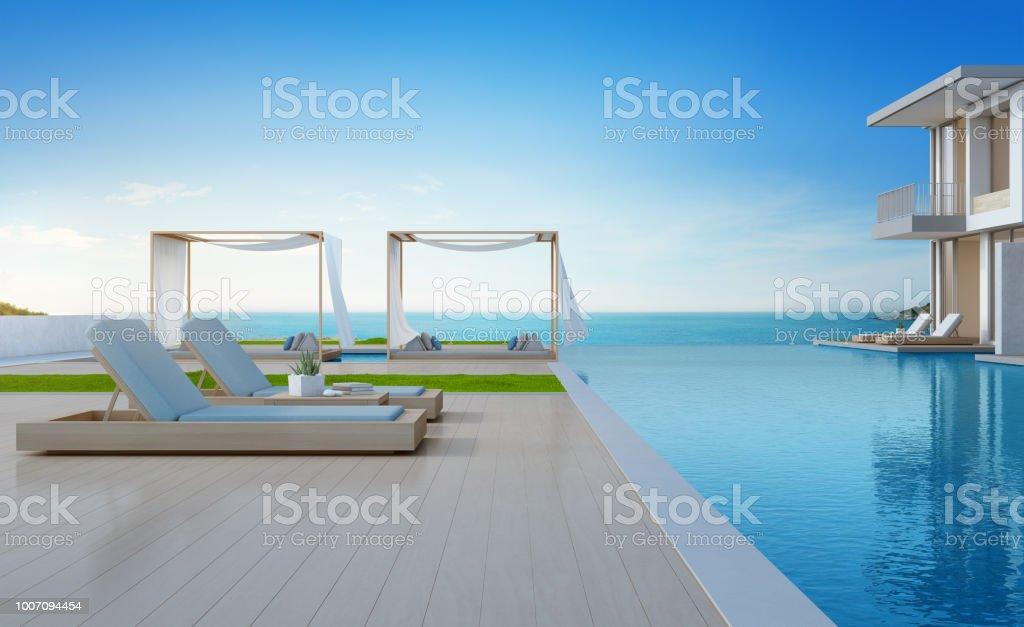 Luxe strandvilla met zee uitzicht zwembad en terras in de moderne