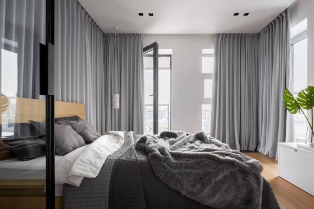 Luxury bedroom interior picture id986635968?b=1&k=6&m=986635968&s=612x612&w=0&h=gkuc25nzwrnprih1rbx38e68 soggmuxtyyx0ze7vmo=