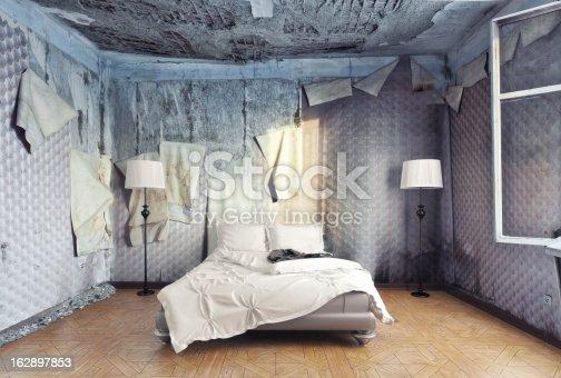 istock luxury bedroom 162897853