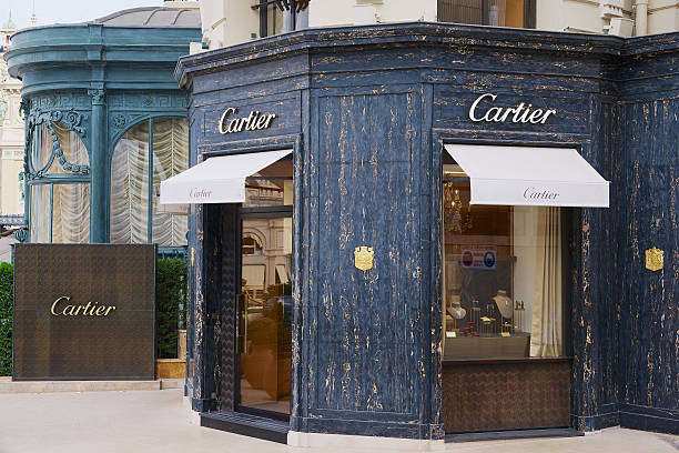 luxury cartier store near famous monte carlo casino, monaco. - uhrenshop stock-fotos und bilder