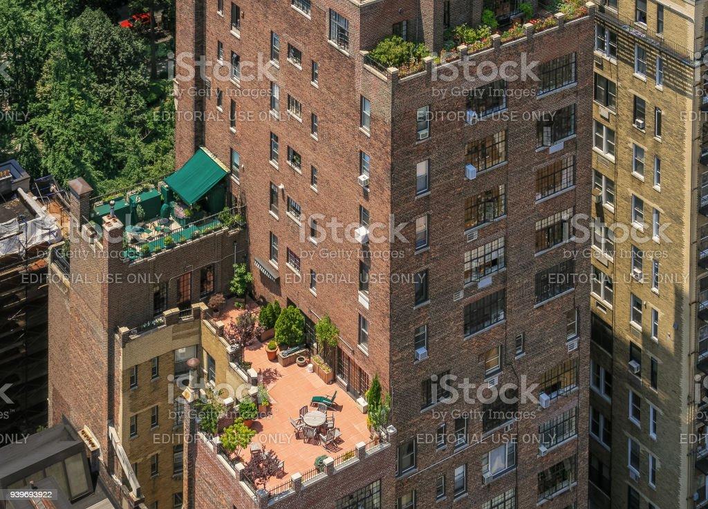 Torre De Condominios De Lujo Con Amplias Terrazas En Midtown