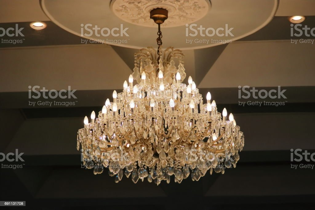 quality design 583fc b974b Luxury Crystal Chandelier Hanging Under Ceiling In The Room ...