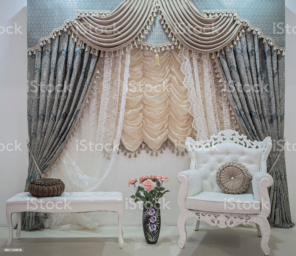 Luxury Curtains With Floral Ornaments Lace Curtains Pelmet