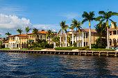 istock Luxury Homes 1225702722