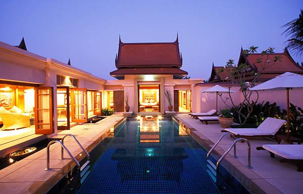 luxury hotel holiday villa phuket, thailand - ferienhaus thailand stock-fotos und bilder