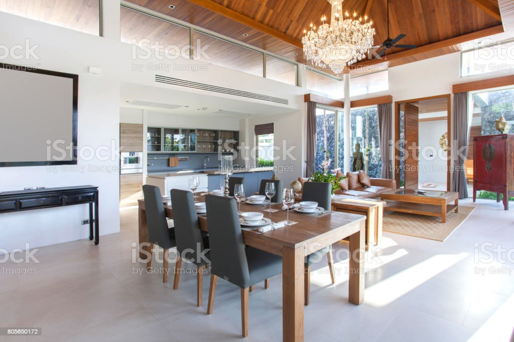 Luxe interieur in de woonkamer van zwembad villas luchtige en lichte