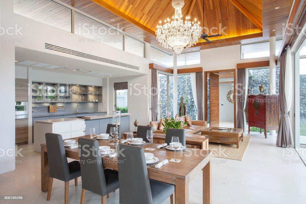 Lichte Luchtige Woonkamer : Luxe interieur in de woonkamer van zwembad villas luchtige en