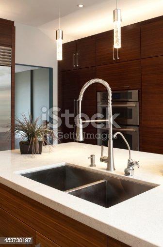 696939000 istock photo Luxury Kitchen 453730197