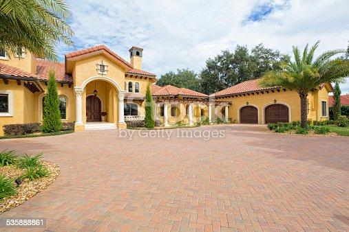 Beautiful estate home in the tropics.