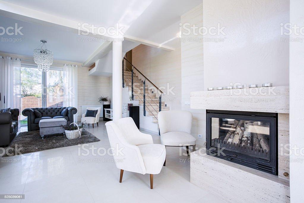 Luxuswohnzimmer Mit Kamin Stockfoto Und Mehr Bilder Von Architektur Istock