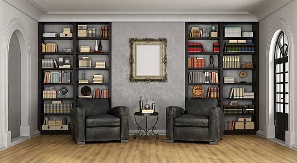 luxus-wohnzimmer mit großen bücherregal einen hauch von nautischer eleganz und sesseln - ledersessel braun stock-fotos und bilder