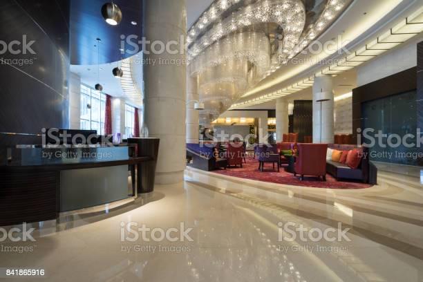 Luxury lobby interior picture id841865916?b=1&k=6&m=841865916&s=612x612&h=qvg1 9aiavhr5cqajha6c8pimm2k9qf1bhb u3v ps0=