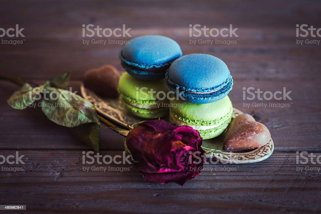 Luxus-Makrone sweet dessert und rose – Foto
