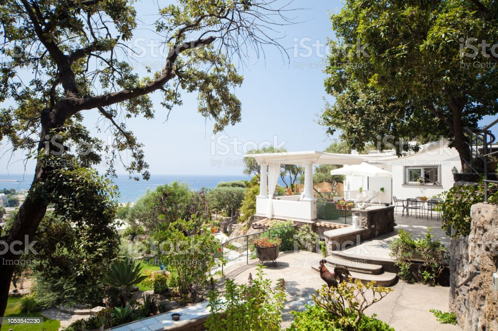 Luxury Mediterranean Patio with Sea View in Italy - foto stock