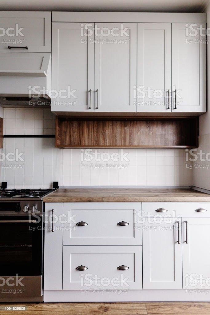 Muebles De Cocina De Lujo En Color Gris Y Manija De Acero ...