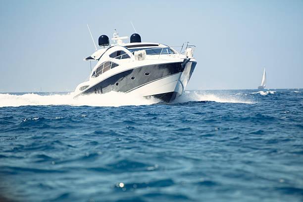 Luxus Motor Yacht – Foto