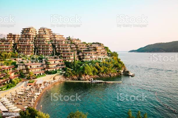 Luxury resort on seacoast picture id969531638?b=1&k=6&m=969531638&s=612x612&h=n6dbnqrvs27azu yzbw2xe0z 0 cpqguoqnzve88fpo=