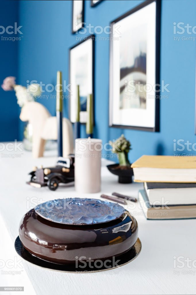 Super Luxury Round Chocolate Dessert With A Blue Disk On Black Glaze Funny Birthday Cards Online Inifodamsfinfo