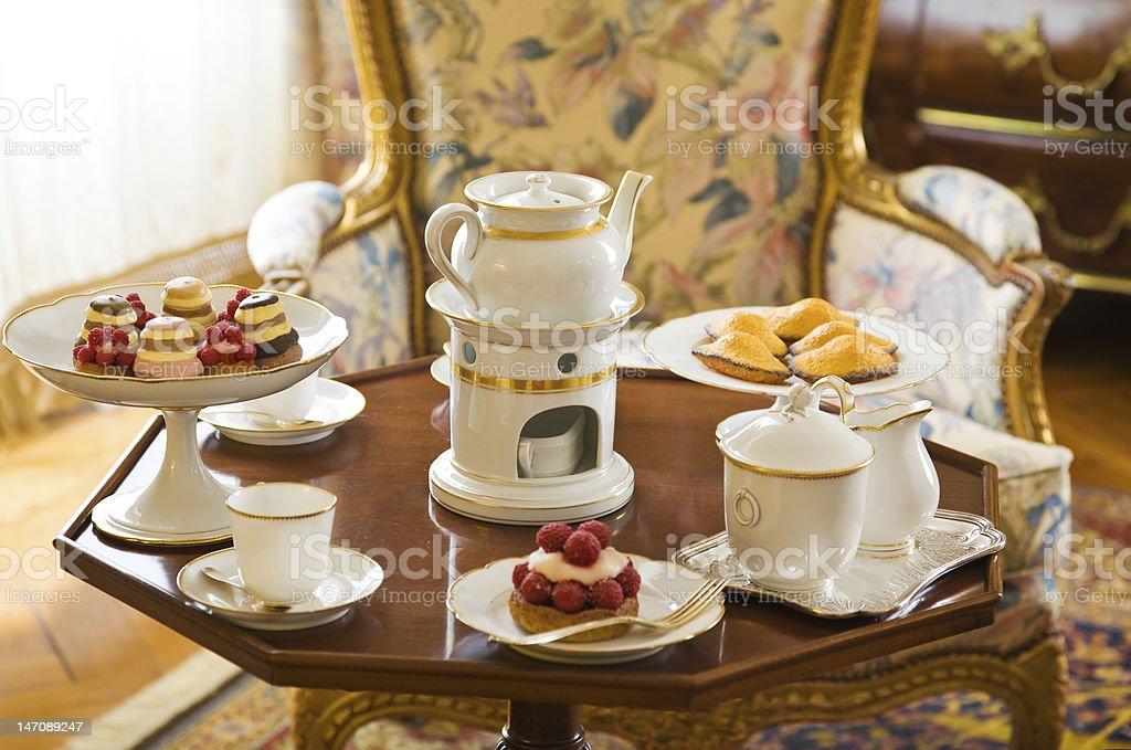 Luxury Tea table setting royalty-free stock photo & Luxury Tea Table Setting Stock Photo \u0026 More Pictures of Cake | iStock