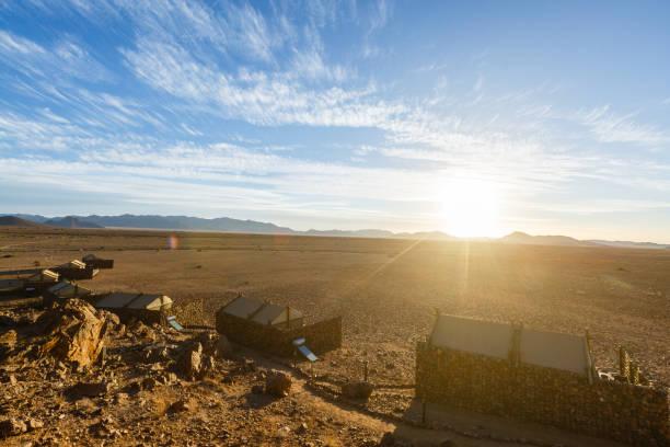 Luxuszelte einer Lodge in Namibia – Foto