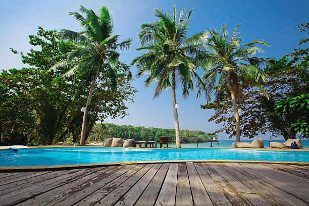 luxus tropische hotel - ferienhaus thailand stock-fotos und bilder