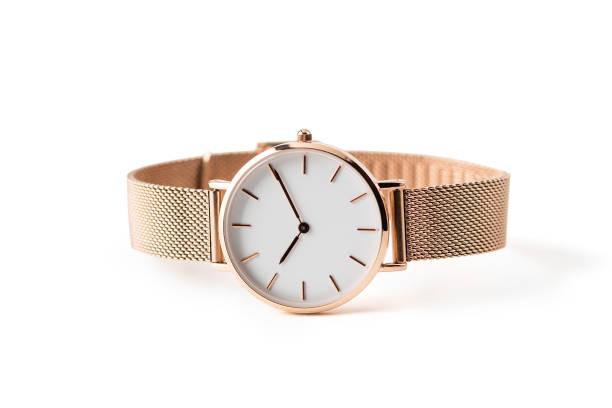 명품 시계에 고립 된 흰색 배경. 클리핑 경로와. 골드 시계입니다. 여자 시계. 여성 시계입니다. - 보석 개인 장식품 뉴스 사진 이미지