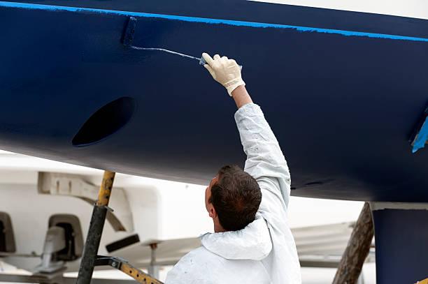 Luksusowy jacht na przystań konserwacji – zdjęcie