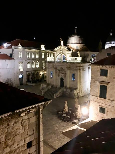 ルザ広場と聖ブレイズ教会ドブロヴニク旧市街、クロアチア ストックフォト