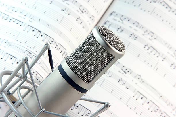 liedtext und musik - one song training stock-fotos und bilder