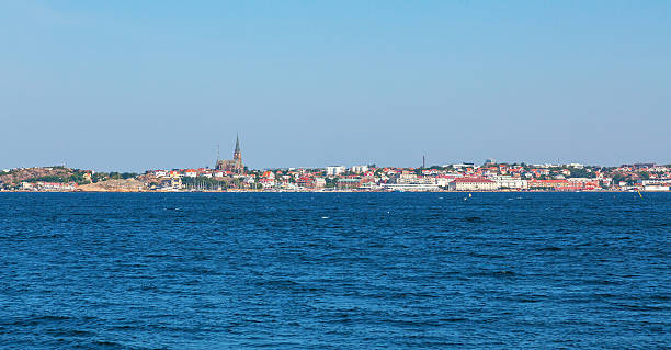 lysekil city from the sea - bohuslän nature bildbanksfoton och bilder