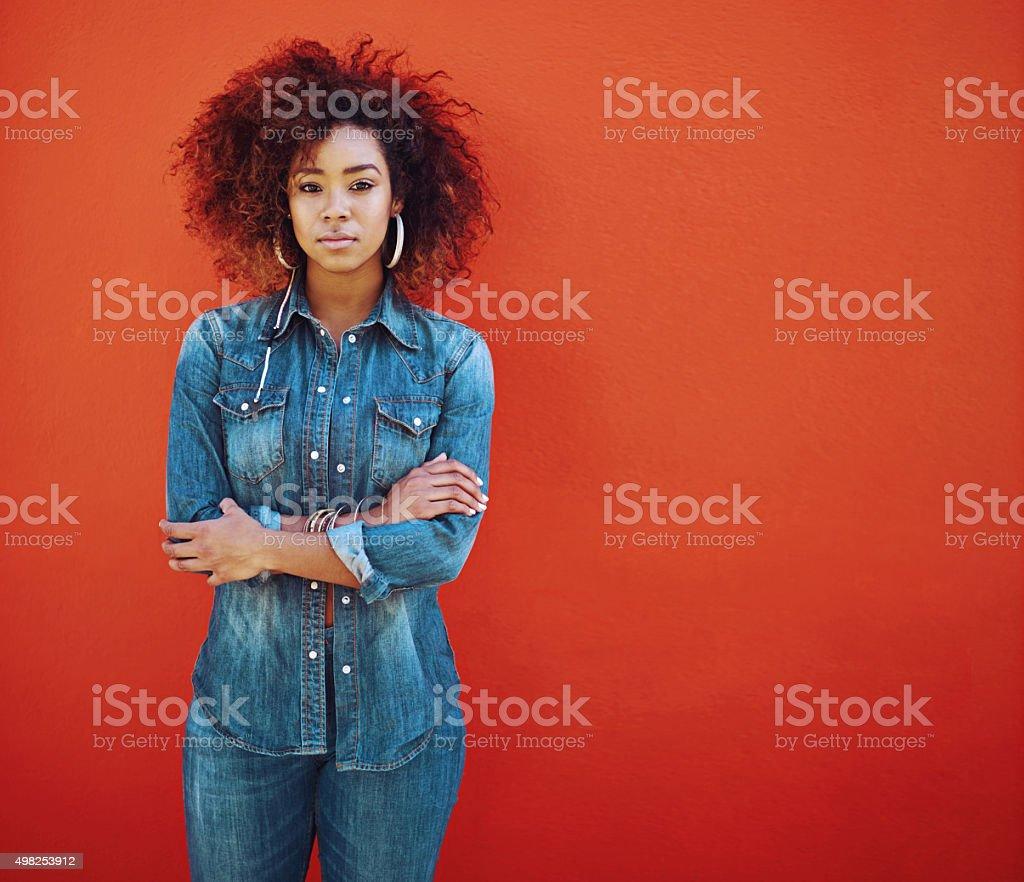 Я любопытное девочку джинсовая стоковое фото