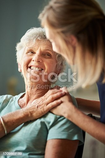 istock I'm so grateful for you help and care 1209869189