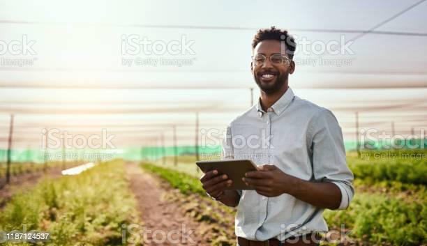 Ik Ben Zo Trots Op Wat Ik Hier Heb Bereikt Stockfoto en meer beelden van 20-29 jaar