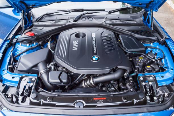 BMW M140i 2017 motor stok fotoğrafı