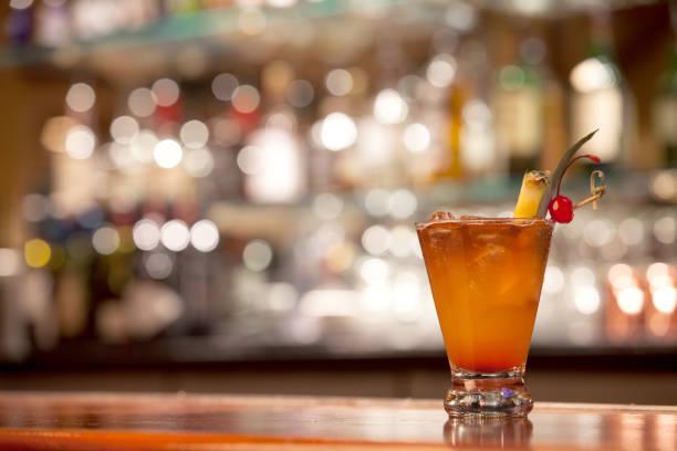 ma o cocktail - cóctel fotografías e imágenes de stock