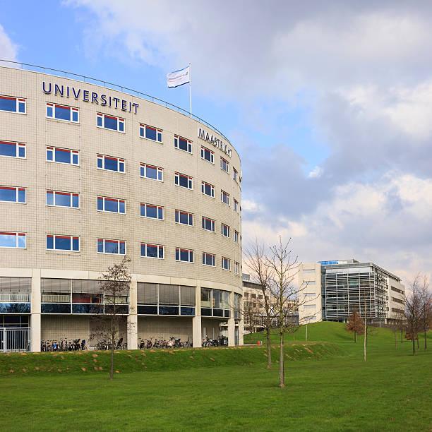 maastricht university - maastricht stockfoto's en -beelden