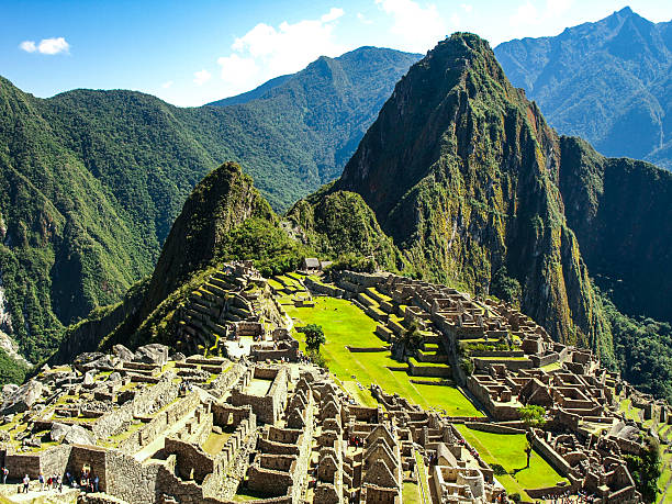 machu picchu - lost city of incas. historical citadel above - empire stock pictures, royalty-free photos & images