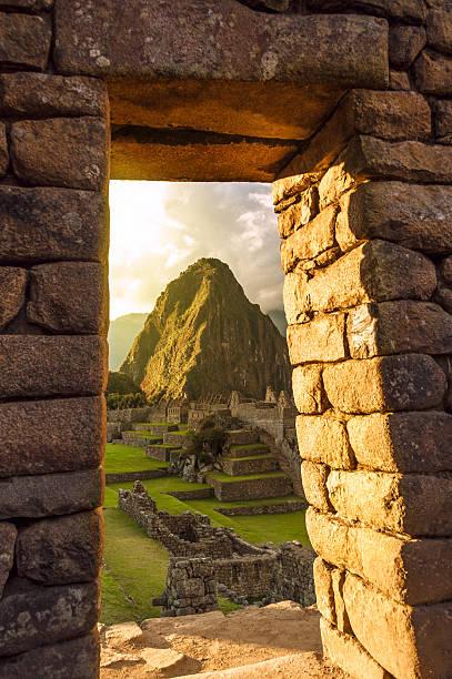 ペルーのマチュピチュ - インカ ストックフォトと画像