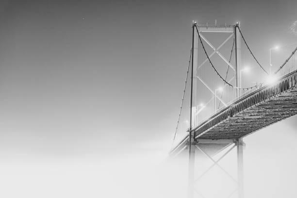 mackay bridge i dimma - bridge bildbanksfoton och bilder