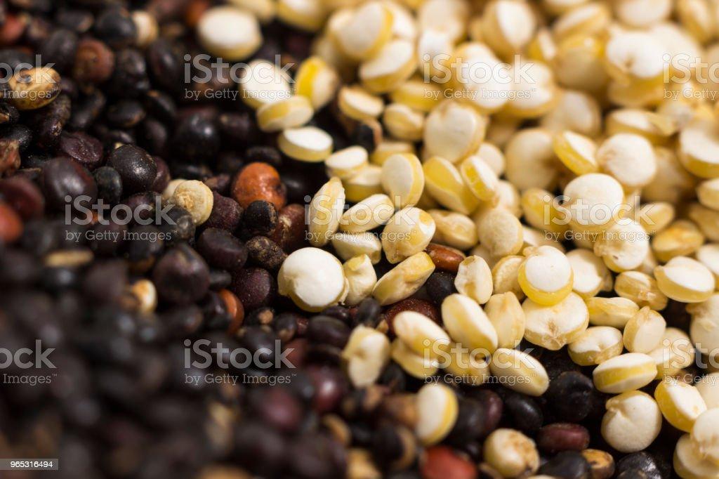 Macro photography of quinoa grains zbiór zdjęć royalty-free