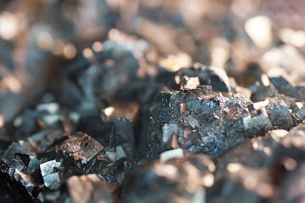 makro piryt mineralne - minerał zdjęcia i obrazy z banku zdjęć