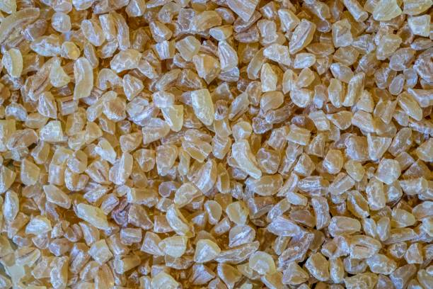 Bulgur (çatlamış buğday) tanelerinin makro görünümü stok fotoğrafı