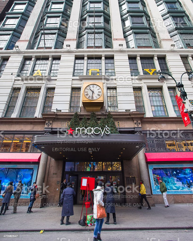 Macys Nyc Christmastime Stock Photo & More Pictures of Avenue | iStock
